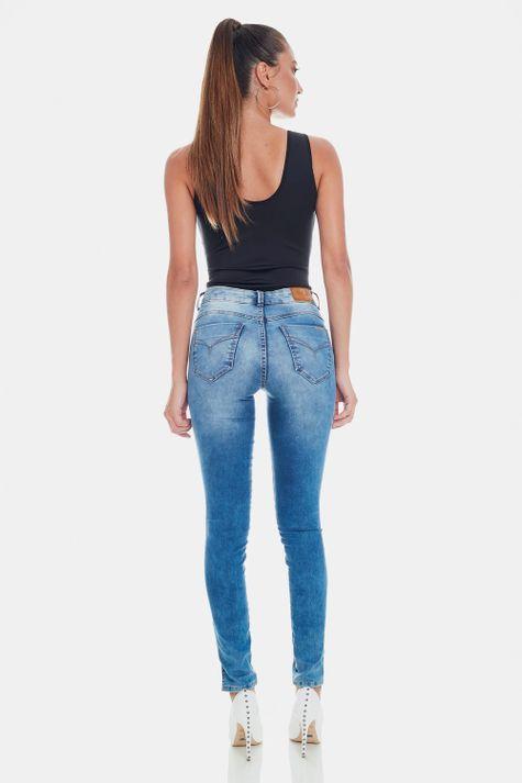 Skinny-Alessandra-23-Fill-Up